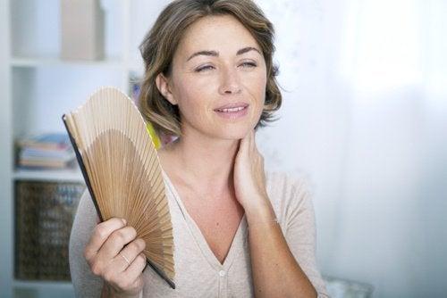 9 symptômes de la ménopause précoce