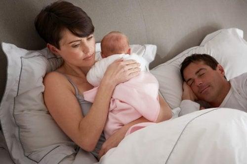 Que faire si mon bébé se réveille la nuit ?