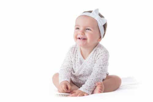 Attention à l'utilisation de bandeaux sur les bébés !