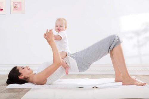 Mamans, pourquoi et comment faire du sport sans se sentir coupable