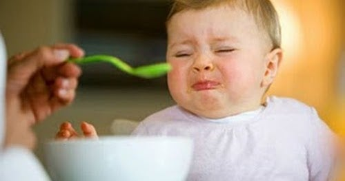 3 raisons de ne pas forcer l'enfant à manger s'il ne veut pas