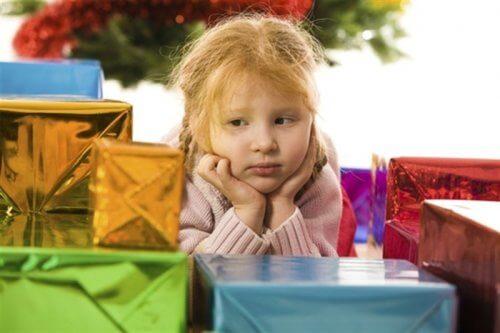 7 raisons de ne pas offrir trop de jouets aux enfants