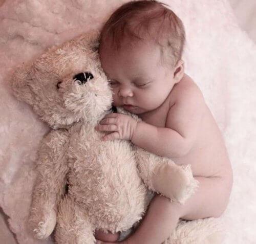 Lettre d'un bébé qui réveille sa maman pendant les nuits