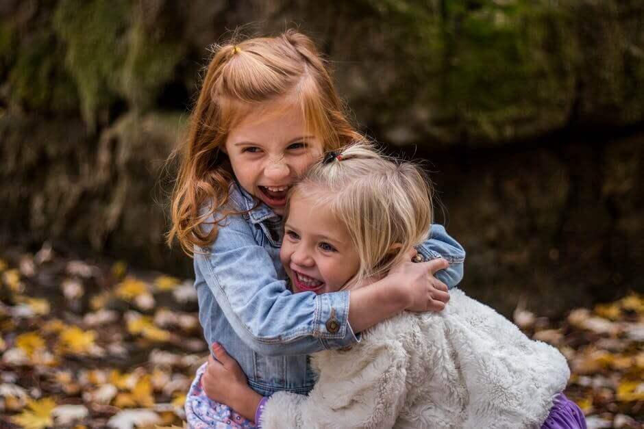 Encouragez-le à unir ses forces à celles d'autres enfants
