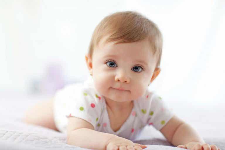 L'importance de mettre le bébé sur le ventre