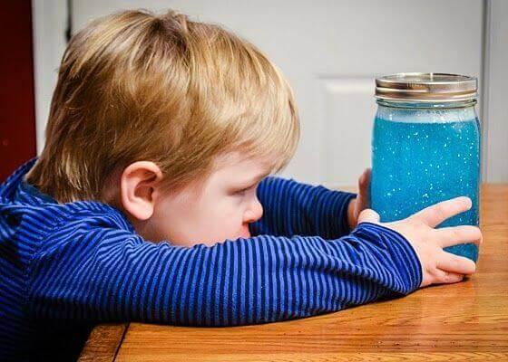 Une invention inespérée : la bouteille de retour au calme