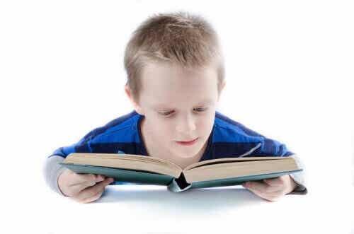 Méthode Doman : apprendre à lire plus tôt aux enfants