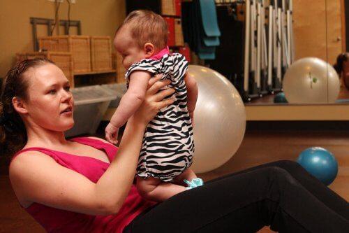 Retrouver sa silhouette après la grossesse en faisant attention à notre alimentation