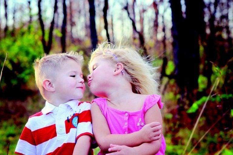 Ne laissez pas vos enfants embrasser tout le monde