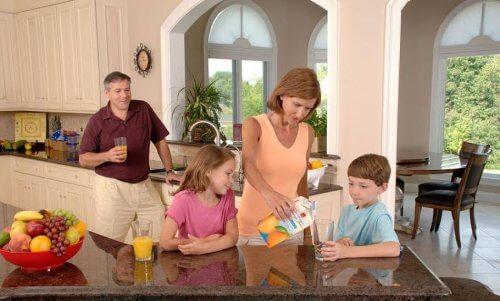 Un bon père doit être ferme pour que ses enfants deviennent des adultes repsonsables.