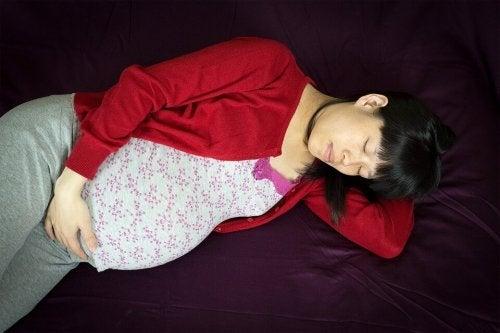 L'angoisse fait partie des tracas quotidiens pendant la grossesse.