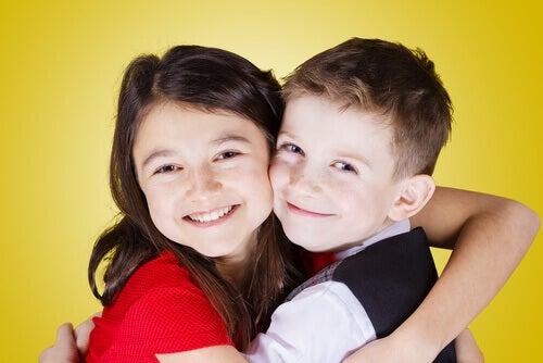 Votre premier enfant devient un grand frère ou une grande soeur.