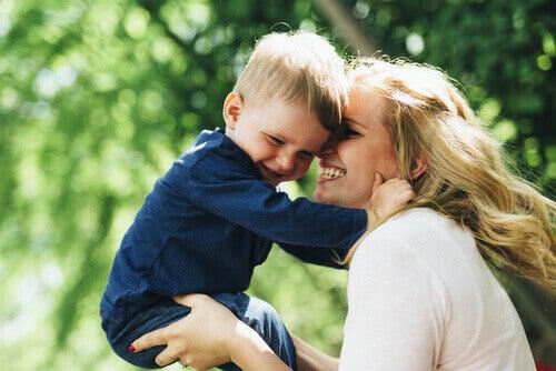 6 symptômes de carences affectives chez les enfants