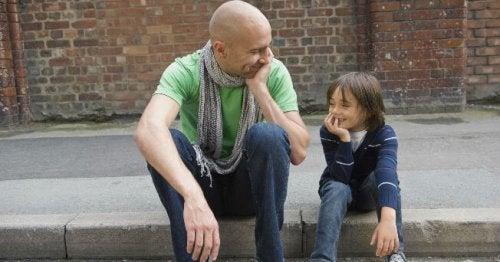 Les parents développent des compétences clés pour faire régner une discipline positive et efficace.