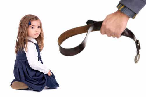 Les châtiments corporels affectent le Quotient Intellectuel des enfants