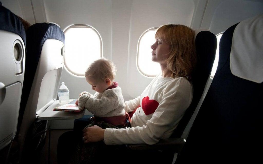 Comment prendre soin d'un nouveau-né lorsque vous partez en voyage ?
