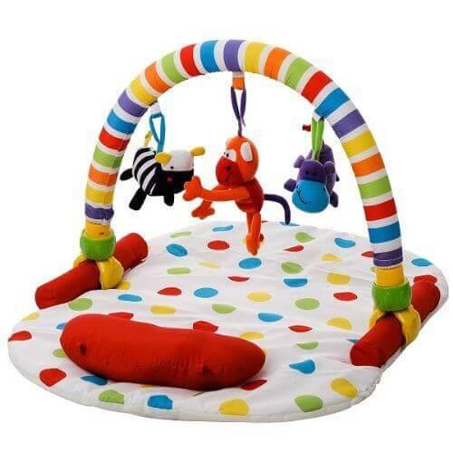 Le tapis de jeux pour bébés favorise l'éveil et la psychomotricité