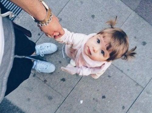 Les trois meilleures applications pour prendre votre enfant en photo