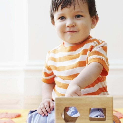Ne pensez pas au désordre quand votre enfant joue tout seul.