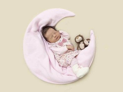Comment savoir si mon bébé a une otite ?