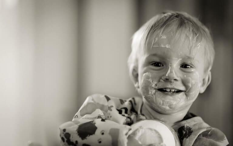 L'heure de manger doit être un moment plaisant et amusant pour l'enfant