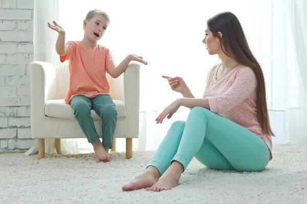 Pour éduquer les enfants sans crier, il faut donner un cadre très clair