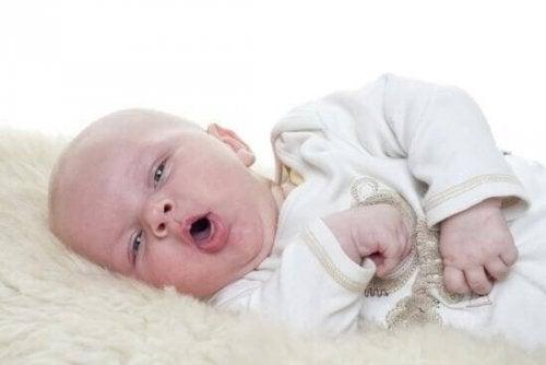 Veillez aux symptomes du botulisme chez votre bébé