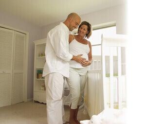 Lors de leur première grossesse, les femmes sont le centre du monde et leur mari s'occupe d'elles comme jamais