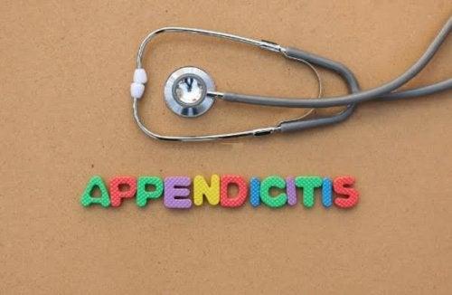 Tout ce qu'il faut savoir sur l'appendicite chez les enfants