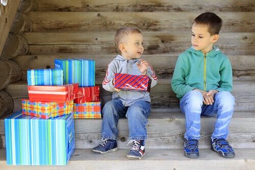 L'envie chez les enfants : les causes et comment la faire disparaître