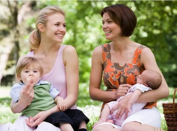 La maternité est un lien qui unit toutes les mères.