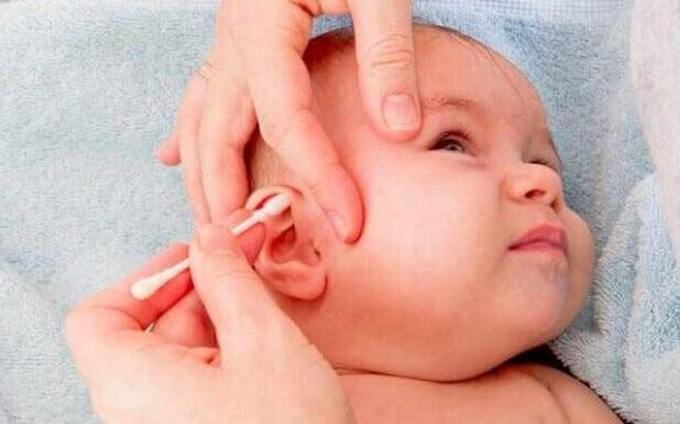 Il existe plusieurs mesures de préventions pour l'otite chez les bébés comme l'allaitement maternel