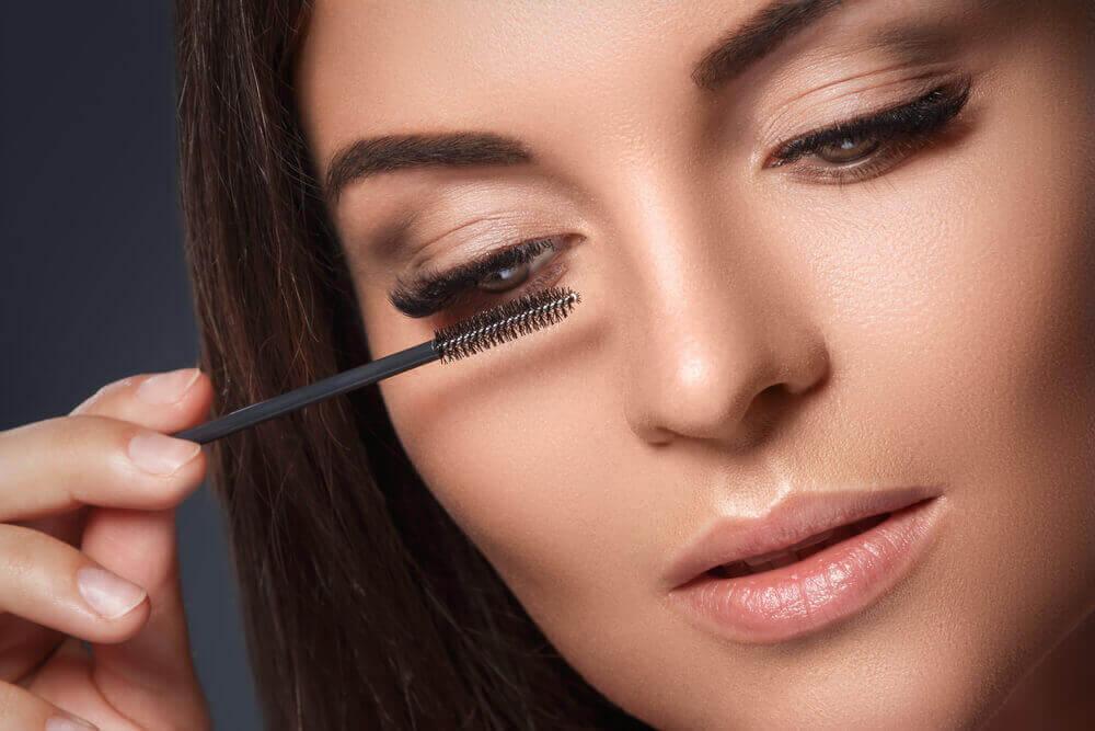 Les rituels de beauté rapides sont pratiques pour les femmes qui n'ont pas beaucoup de temps