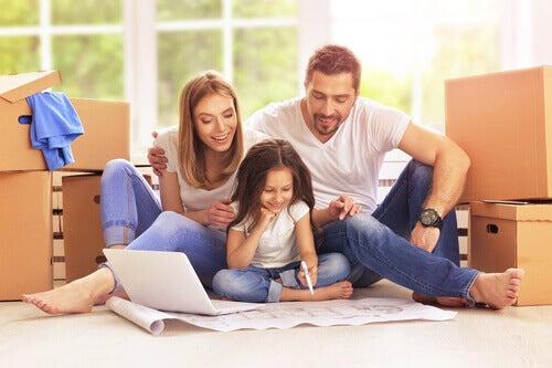 Apprendre à écrire en jouant en famille en un plaisir pour les enfants