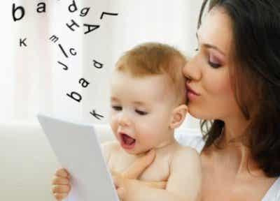 Le neuvième mois de vie de votre enfant : quels changements ?