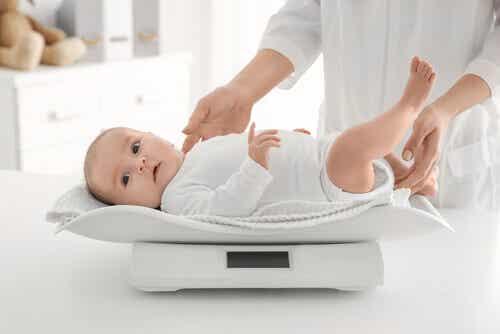 6 conseils pour équilibrer le poids de votre bébé