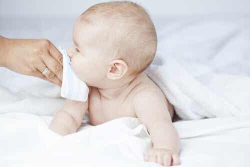 7 conseils pour prévenir les rhumes des bébés