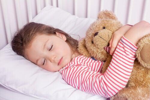 La technique 4-7-8 pour endormir votre enfant en une minute