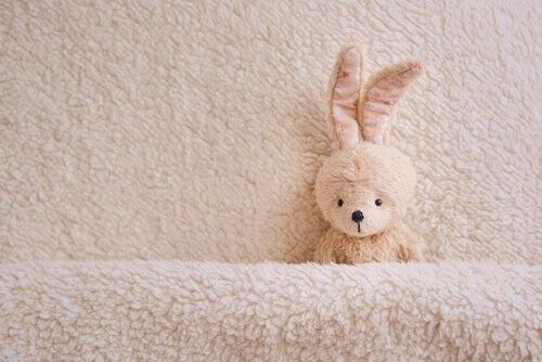 Le lapin qui veut s'endormir