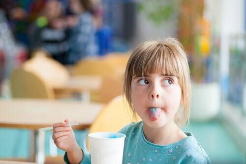 La constipation chez les enfants est l'un des problèmes de digestion les plus courants