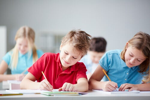 Des paroles d'enfants qui indiquent une bonne éducation