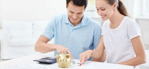 12 conseils pour économiser de l'argent avec un bébé