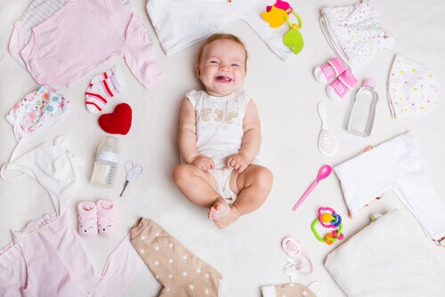 Quels sont les vêtements dont un nouveau-né a besoin en été ?