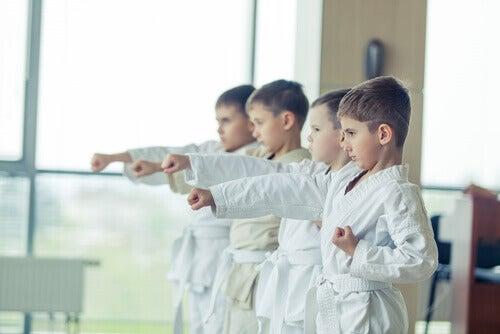 La pratique du taekwondo enseigne des valeurs.