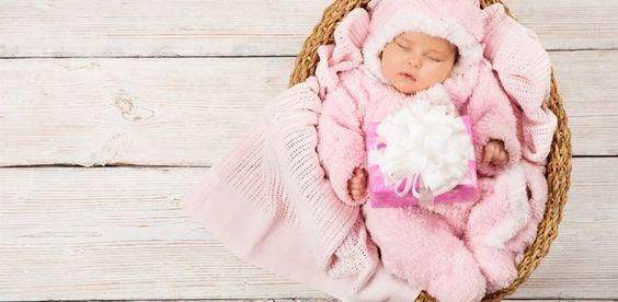Un bébé ne peut pas réguler sa température corporelle et il peut passer du chaud au froid rapidement