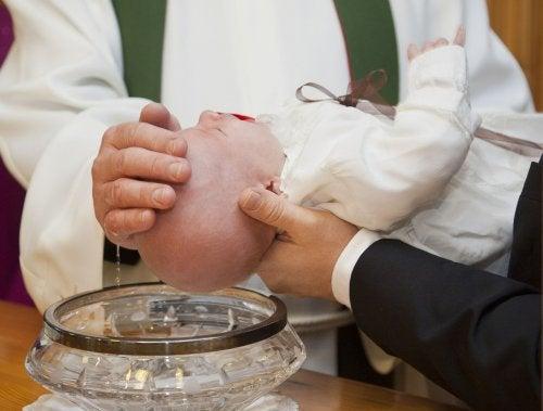 Comment organiser le baptême de votre bébé de la meilleure manière