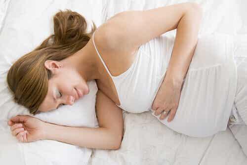 5 positions pour dormir pendant la grossesse