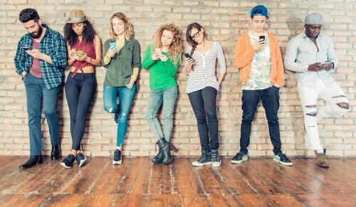 groupe de jeunes ne travailler pas