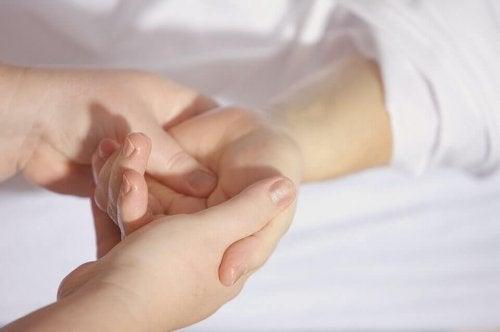 Massage pour apaiser les enfants