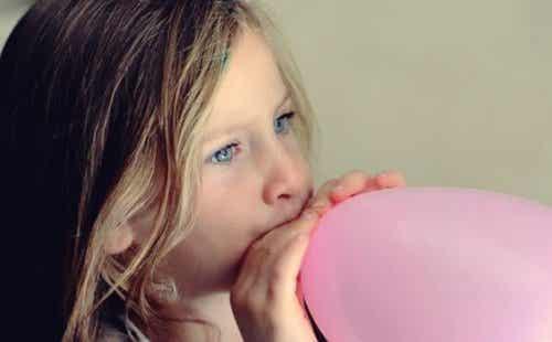 La technique du ballon pour calmer les enfants nerveux